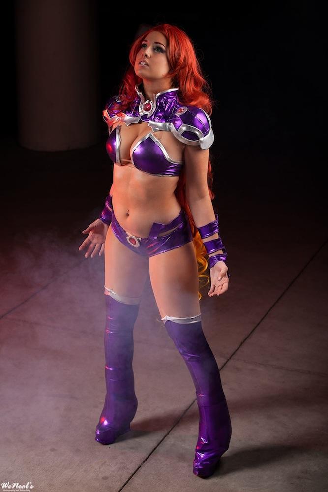 nude cosplay Starfire