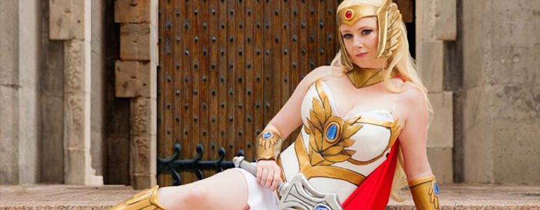 Fantastic 'She-Ra' Cosplay Gallery