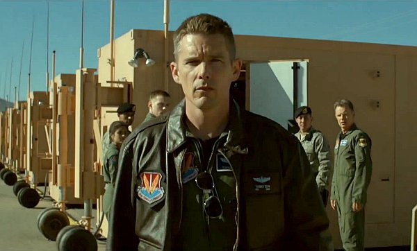 drone-pilot-ethan-hawke-questioning-his-missions-in-good-kill-trailer