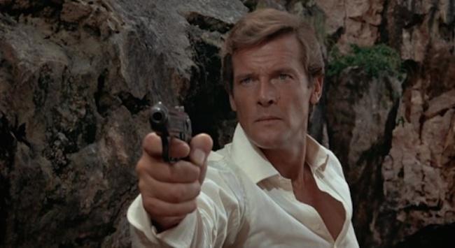 007 Man With Golden Gun 5