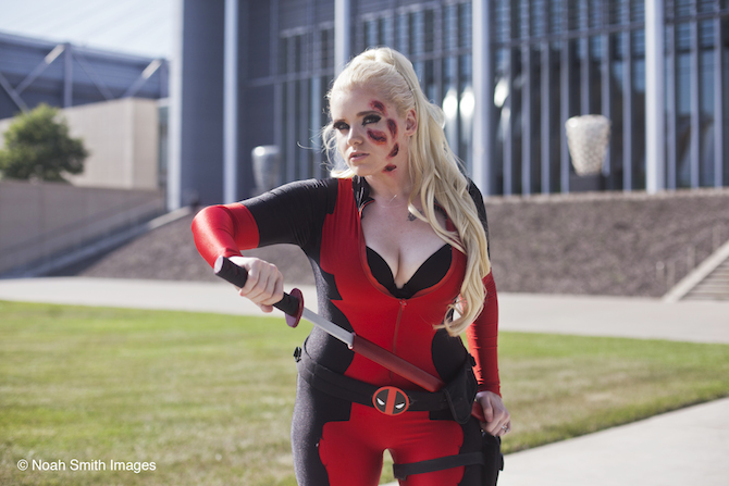 Ultra Girls Sophii Deadpool 1