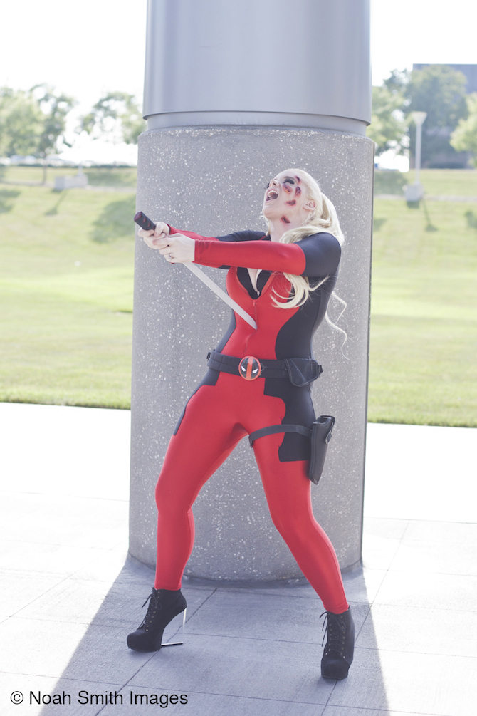 Ultra Girls Sophii Deadpool 7
