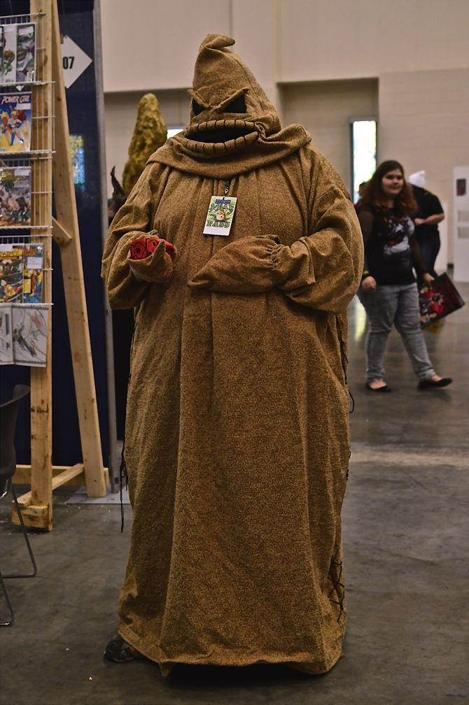 Grand Rapids Comic Con, Project-Nerd, OOgie-Boogie, cityscape, best cosplay, awesome, Marvel, DC Comics, Dynamite, cosplay, costuming, reddit01