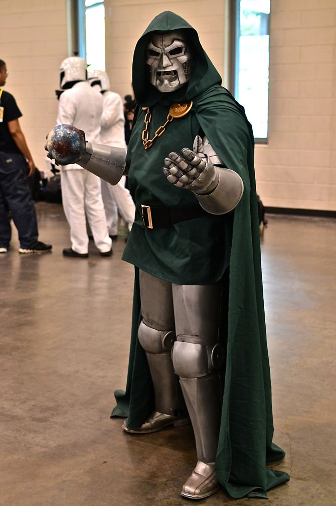 Grand Rapids Comic Con, project-nerd, Dr. Doom, cityscape, best cosplay, awesome, Marvel, DC Comics, Dynamite, cosplay, costuming, reddit07