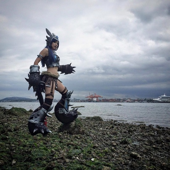 Armored Lady Toothless 4