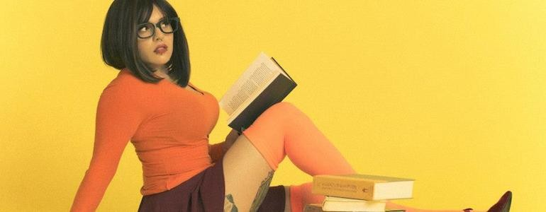 Drop-Dead Gorgeous Velma Cosplay