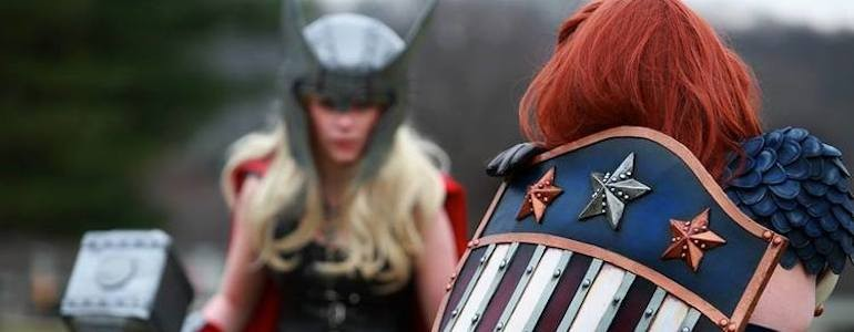 Femme Captain America vs Female Thor Cosplay