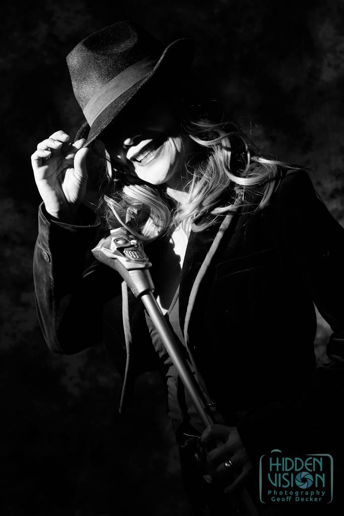 Hidden-Vision-Project-Cosplay-Noir-2