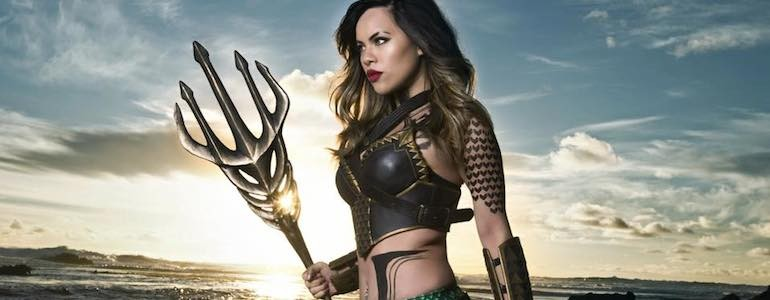 Epic 'Batman v Superman' Genderbent Aquaman