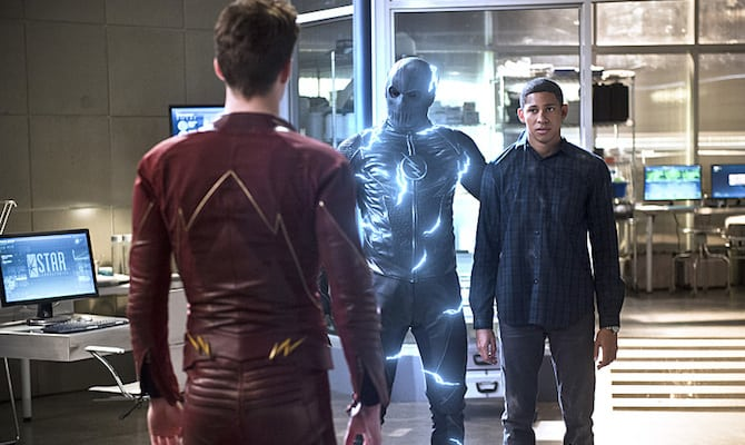 "The Flash -- ""Versus Zoom"" -- Image: FLA218b_0101b2.jpg -- Pictured (L-R): Grant Gustin as Barry Allen, Zoom and Keiynan Lonsdale as Wally West -- Photo: Diyah Pera/The CW -- © 2016 The CW Network, LLC. All rights reserved"