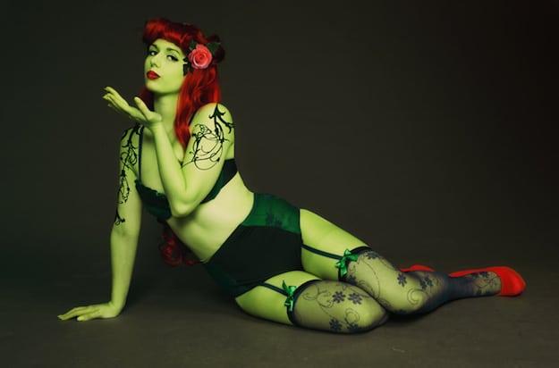 poison-ivy-lingerie-03