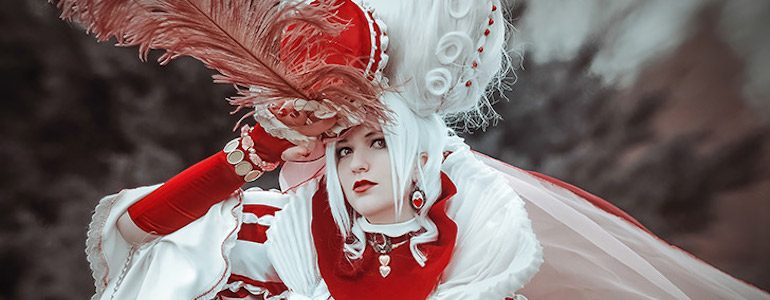 Red Queen from Alice's World by Sakizo Cosplay