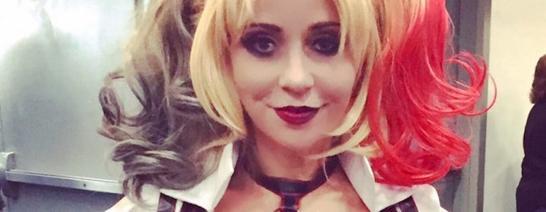 Tara Strong Harley Quinn Cosplay at SDCC