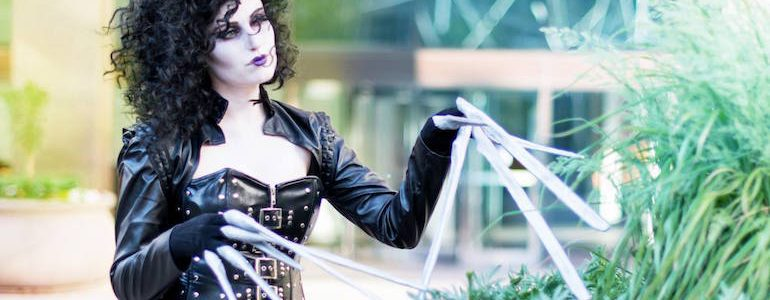 Incredible Genderbent Edward Scissorhands Cosplay