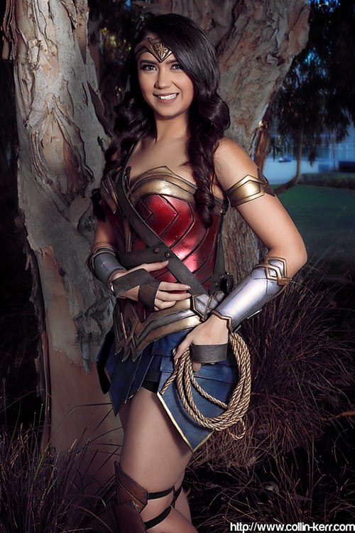 HAnnie Cosplay Wonder Woman 3
