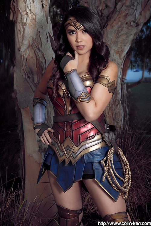 HAnnie Cosplay Wonder Woman 4