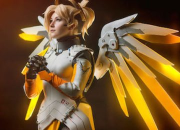 This Mercy Cosplay (Overwatch) is Amazing