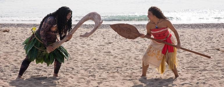 This Moana & Maui Cosplay Bring the Characters to Life