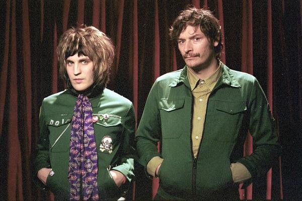 Noel and Julian as Vince and Howard