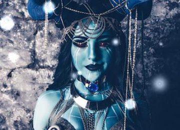 Incredible Frost Giant Lady Loki Cosplay