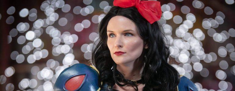 Fierce Post Apocalyptic Snow White Cosplay